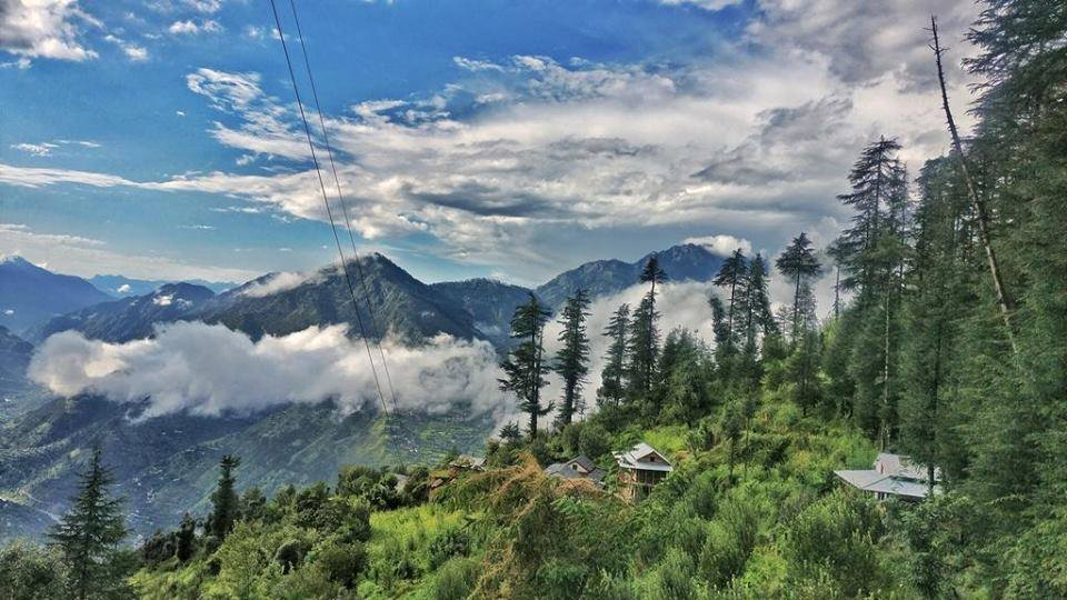 How to Reach Tirthan Valley