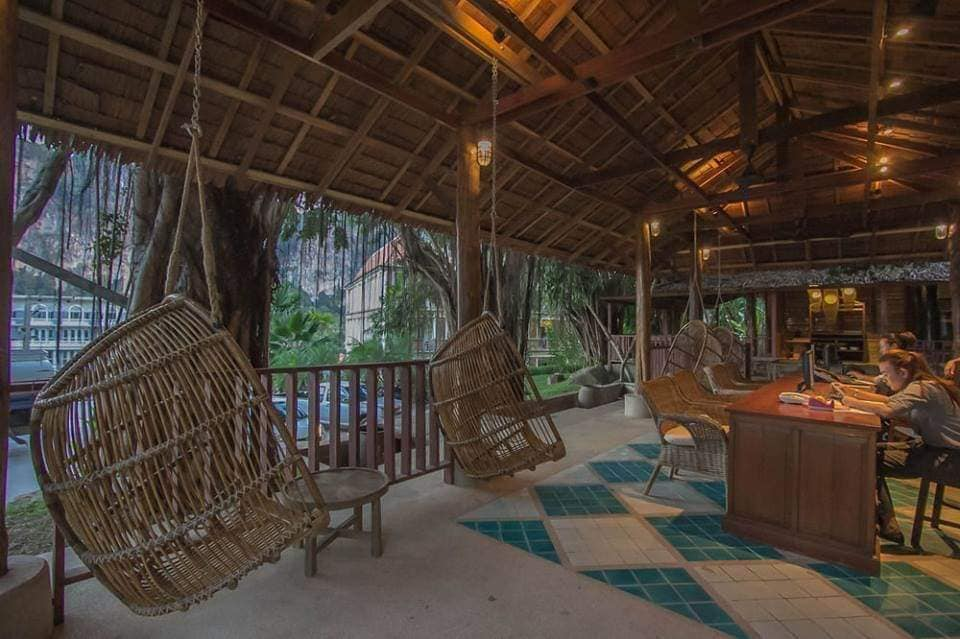 top places to stay in thailand