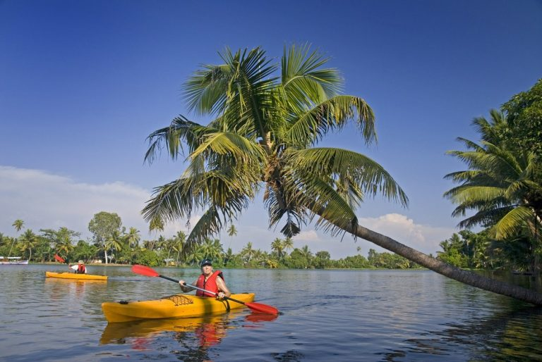 Places you can do Kayaking in India