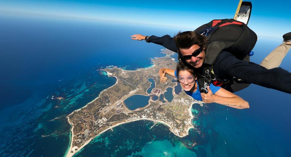sky diving in fiji