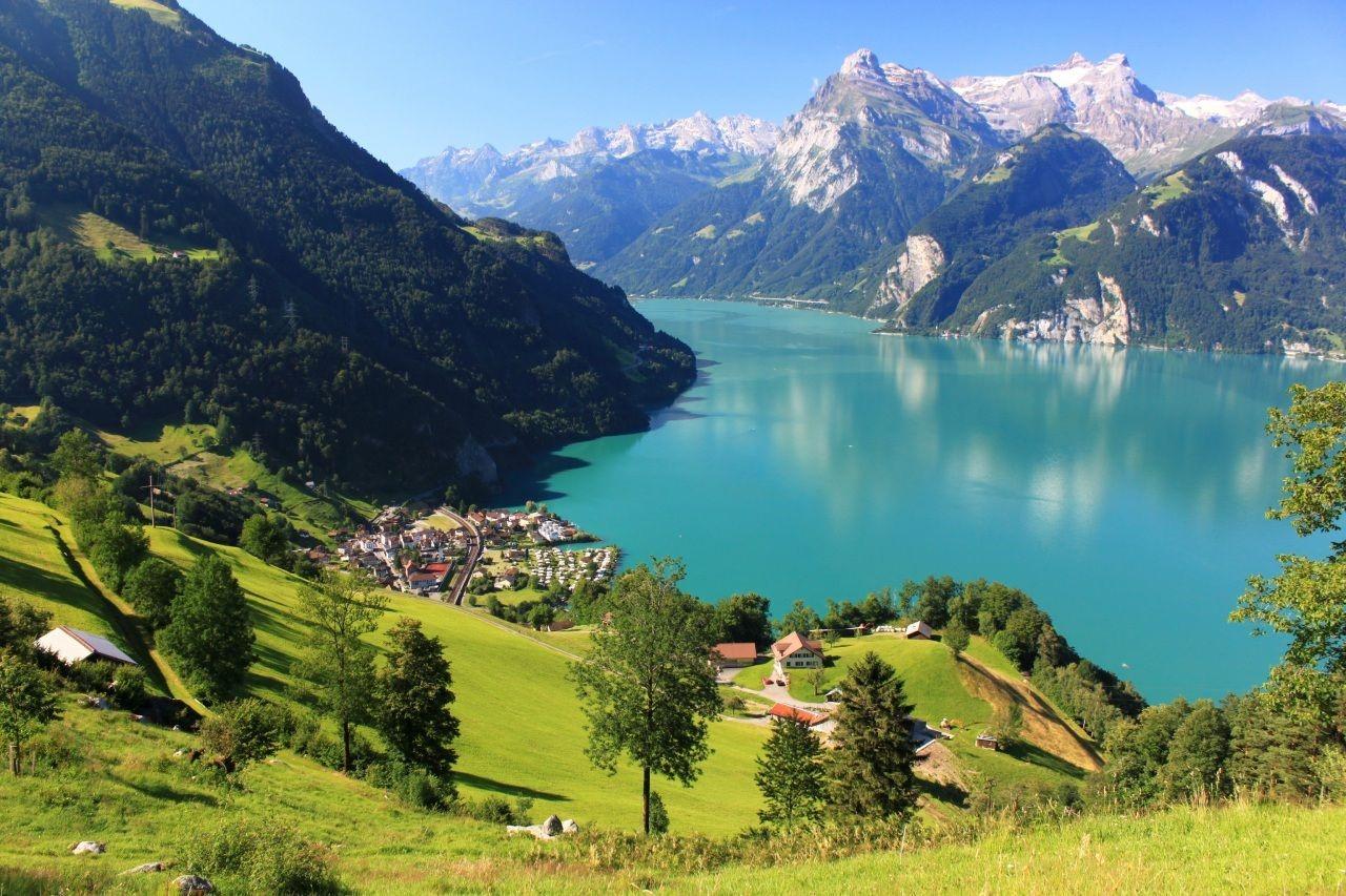 lakes in switzerland