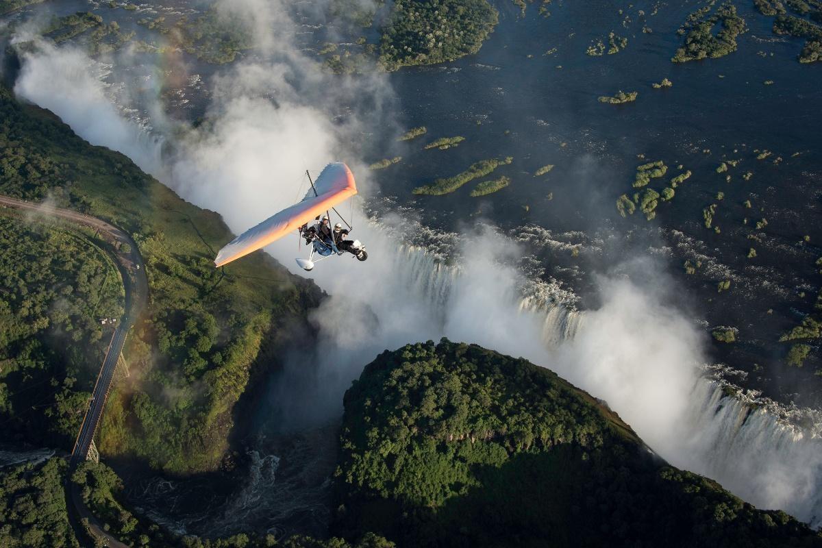 1)Victoria Falls