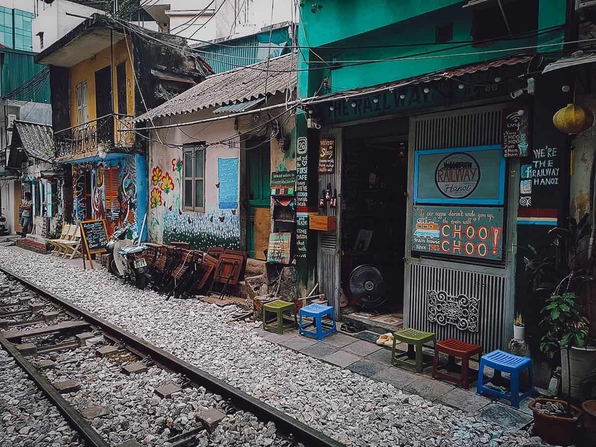 the railway hanoi