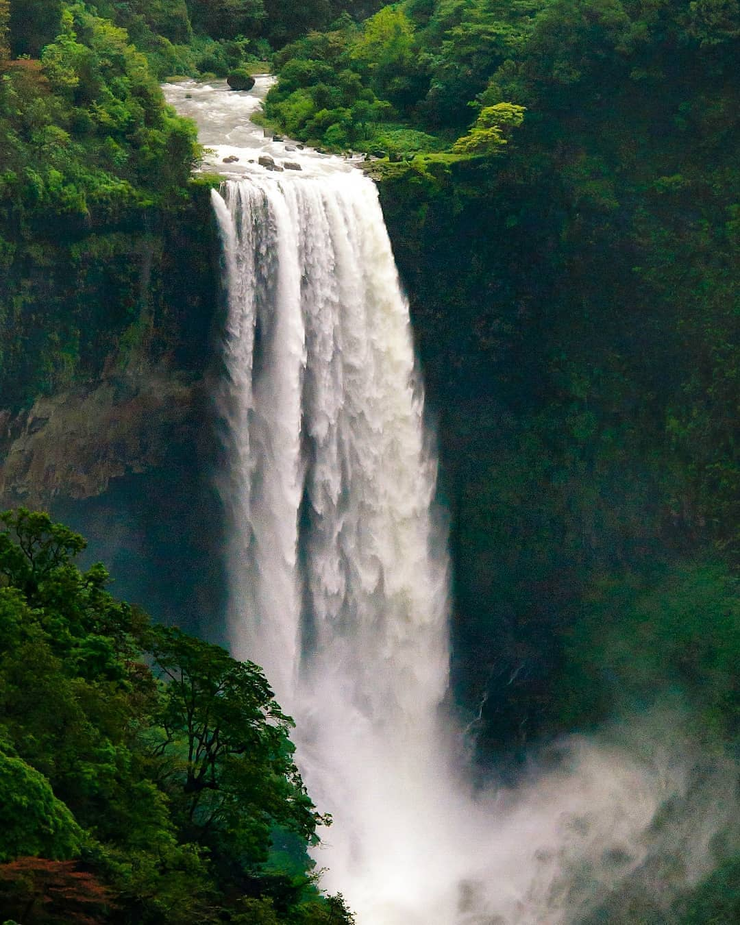 Tambdi Surla Waterfall
