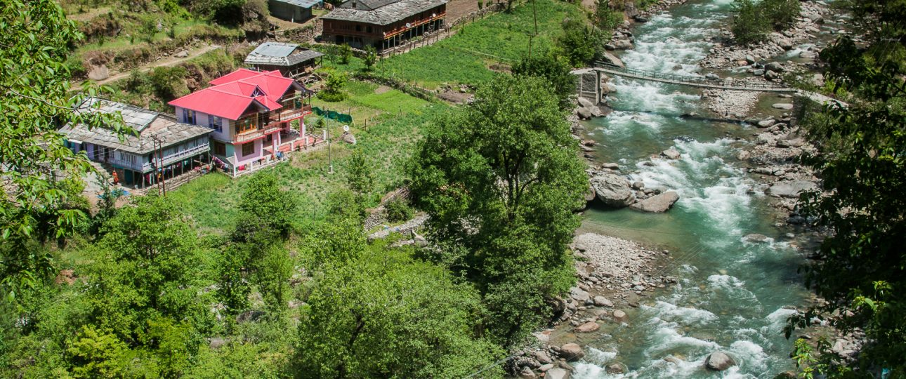 homestays in tirthan valley
