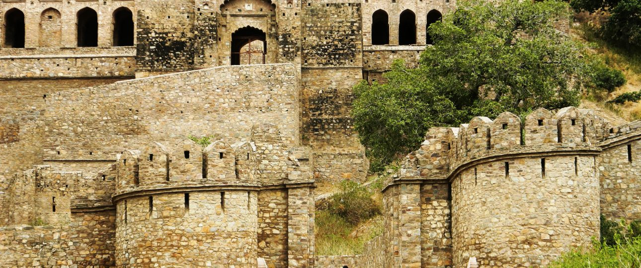 Haunted Havelis & Forts in India