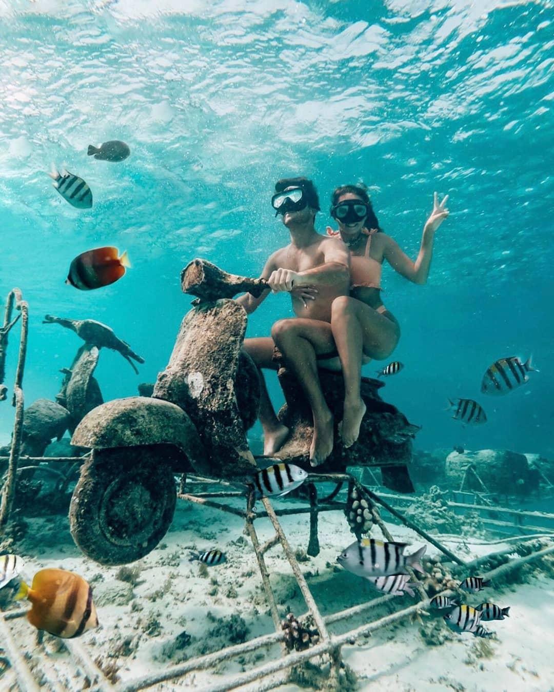 snorkelling in gili islands