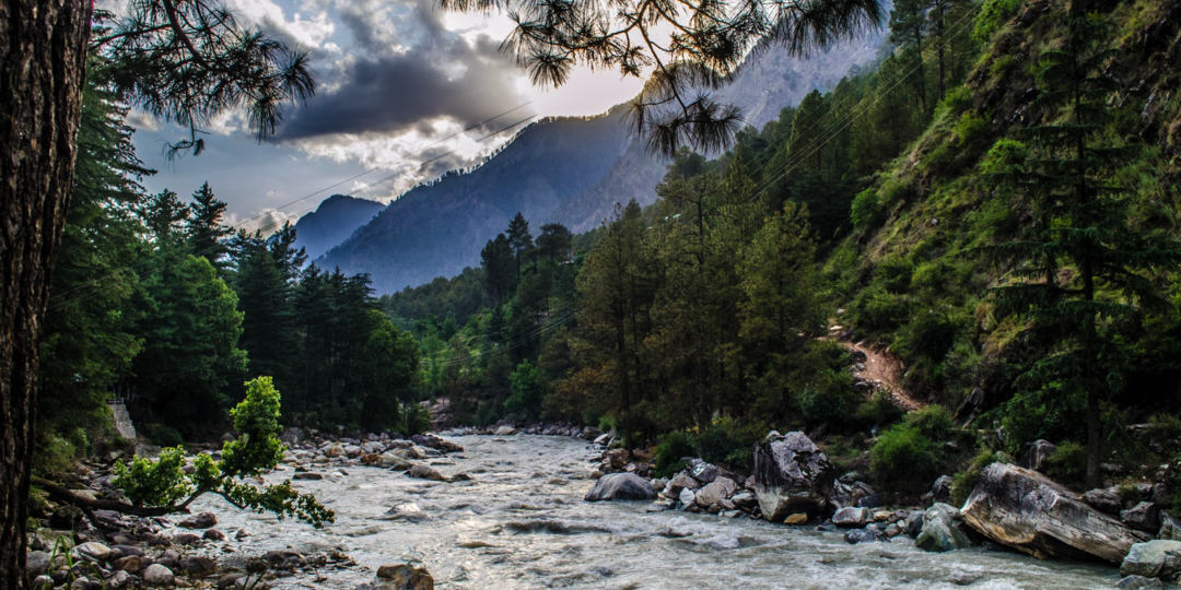 places to stay in parvati valley