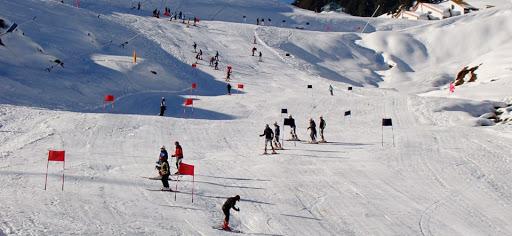 Snow sports Auli