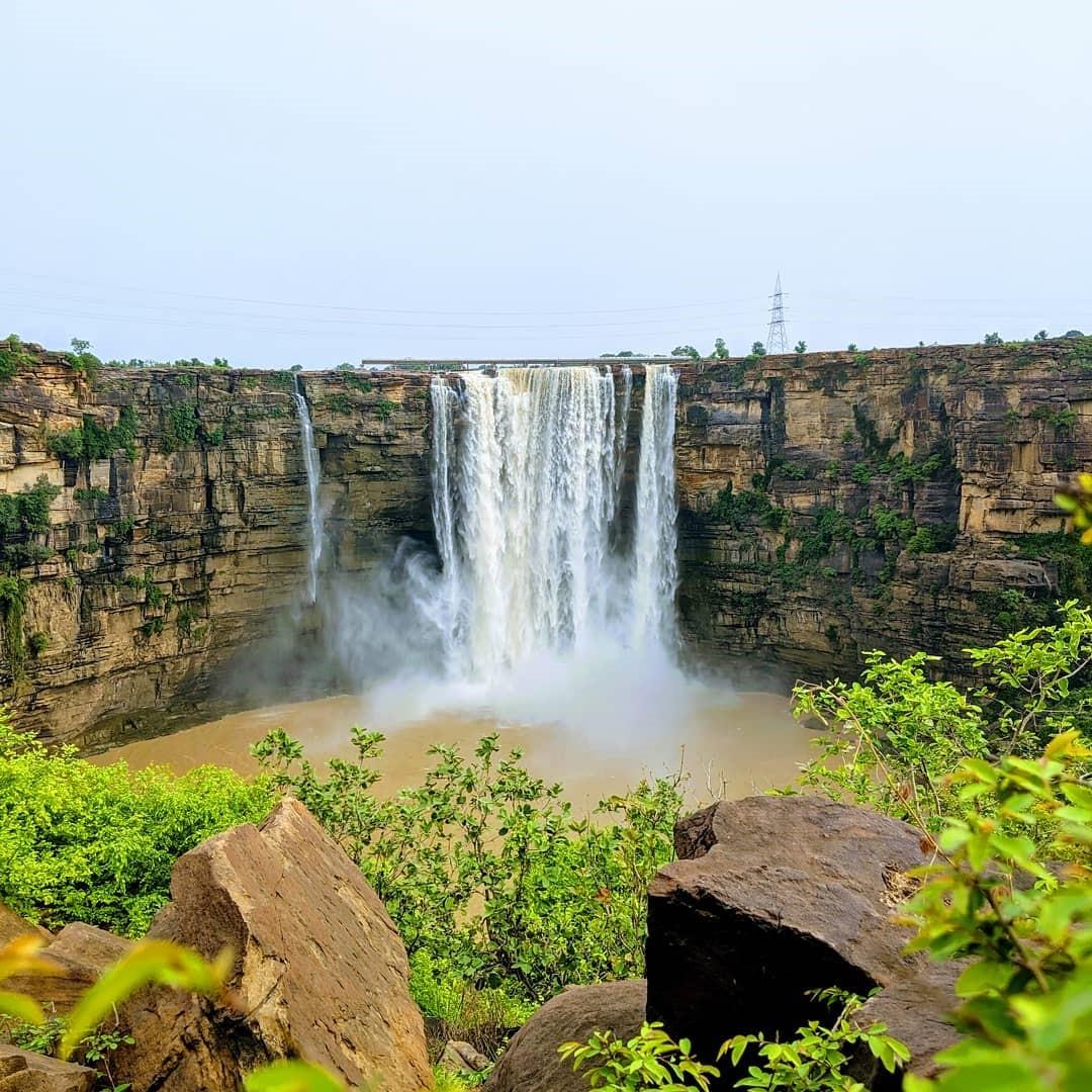 waterfalls in madhya pradesh